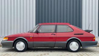 SAAB 900 Turbo Red Arrow