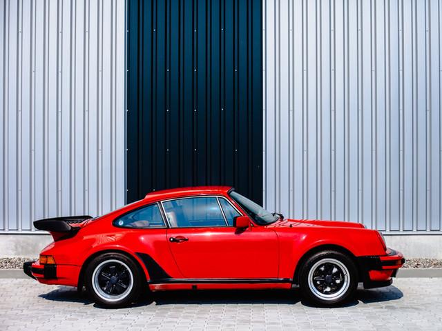 Porsche 911 Coupe M491