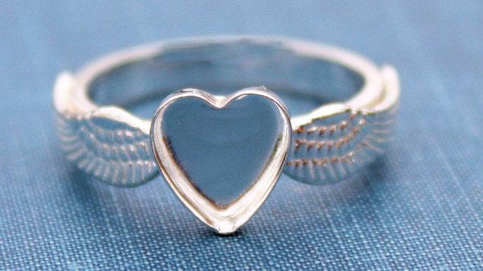 Nicholas Memorial Ring