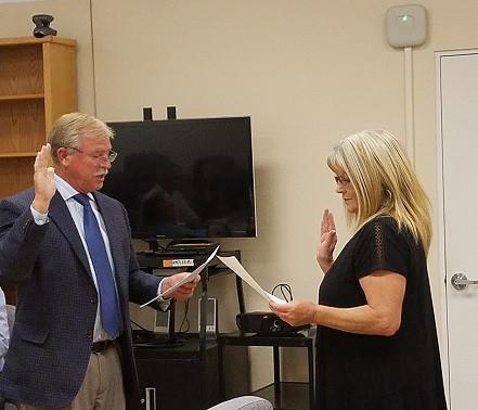 Another CASA volunteer is sworn in