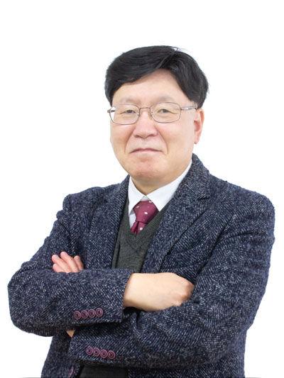 Web-안철흥-cut.jpg