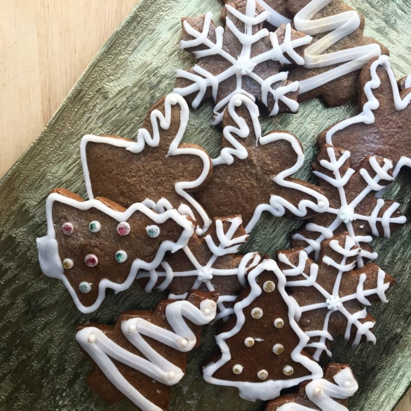 decorated christmas gingerbread men