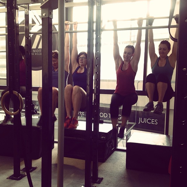 Instagram - Hanging leg raises to finish the workout today at Girls Who Lift @lm