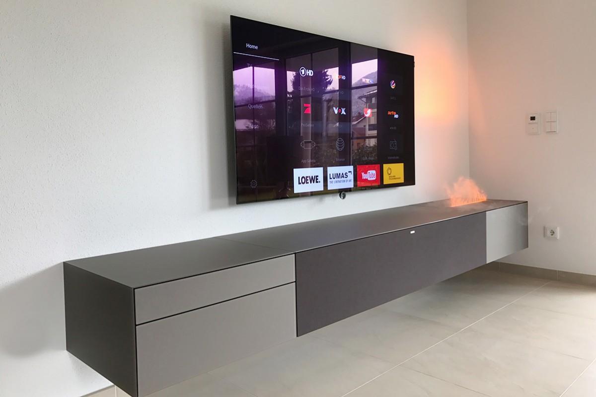 HiFi-Concept-Living-Referenzen-SPECTRAL-Ameno-Muenchen-HiFi-TV-Moebel-Smart-Flame-Kamin-Loewe-Bild-7
