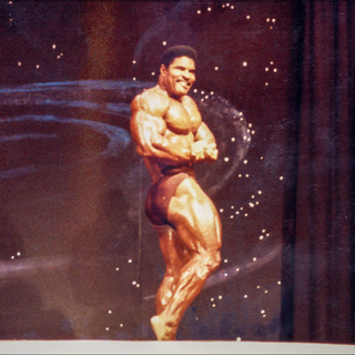 1984 Guest posing at the Battle of the Gladiators 2