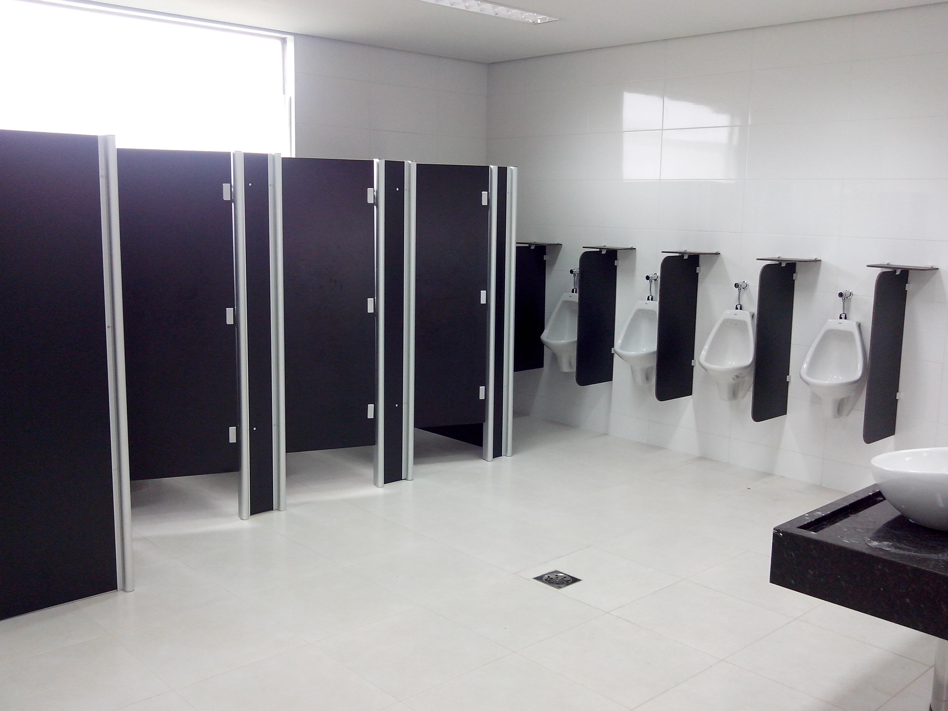 divisorias-para-banheiros