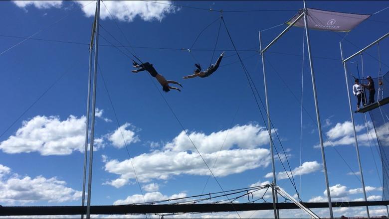Jenn's Trapeze