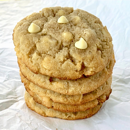 18 White Chocolate Macadamia Nut Cookies