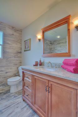 Main bahtroom