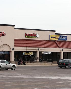 ct-strip-malls-20160517.jpg