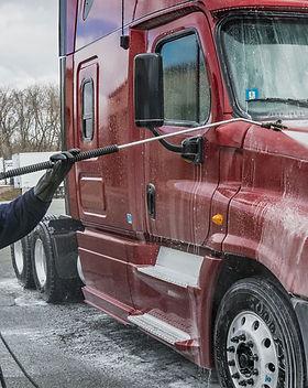 truck-washing-13.jpg