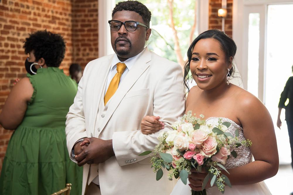 Atlanta elopement, elopement venue, Atlanta elopement venue, intimate wedding venue, Atlanta intimate wedding venue, The B Suite, stunning bride