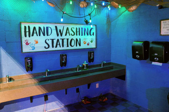 Aquarium Hand Washing Station