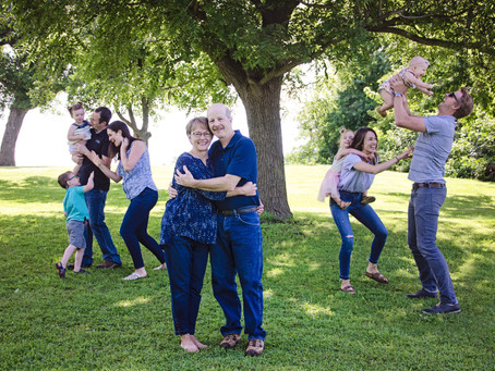 Family Portraits at the Erickson Farm | Welcome, MN