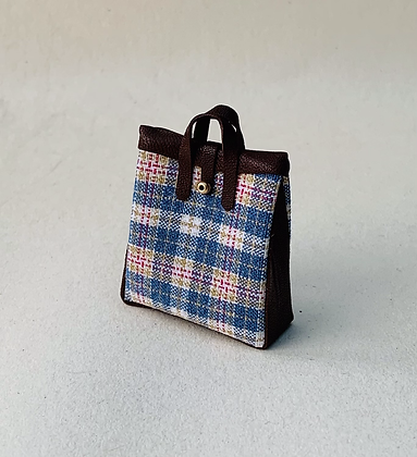 Carpet Bag by The Luggage Lady