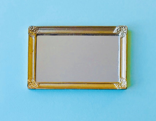 Rectangular Mirror in Gilt Frame