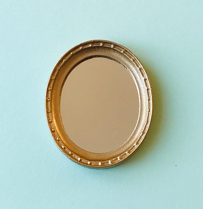 Oval Mirror in Gilt Frame