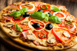 pizza-hd-wallpaper-widescreen-resolution-ru1ca1