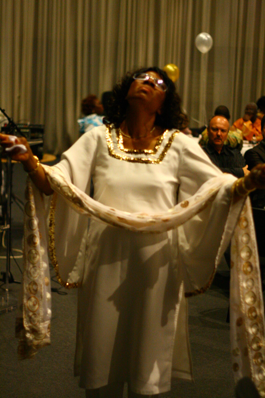 Ngozi Okike in Worship Mode 08.jpg