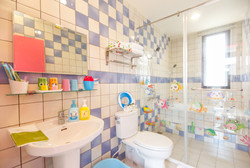 豪華衛浴設備