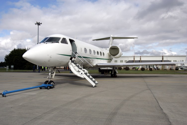 PRIVATE JETS TRAVEL