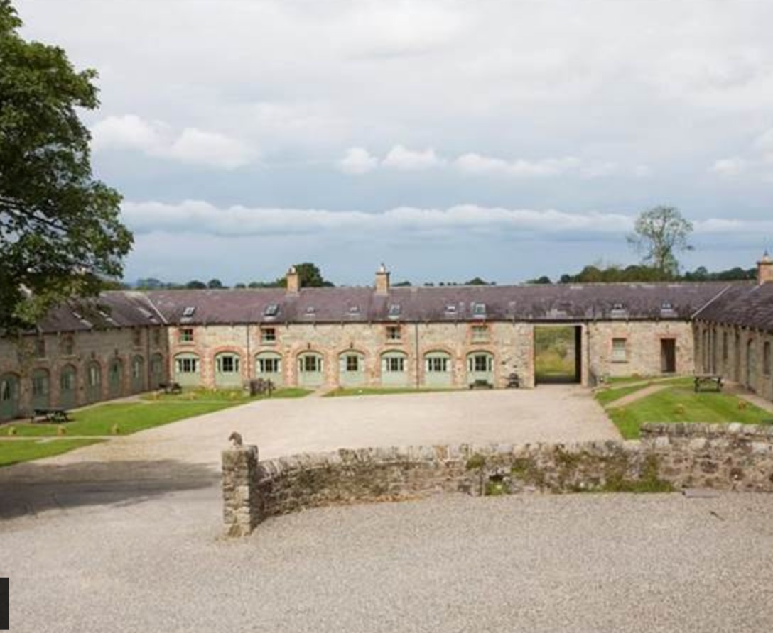 BELLE ISLE COURTYARD COTTAGES LISBELLAW, COUNTY FERMANAGH