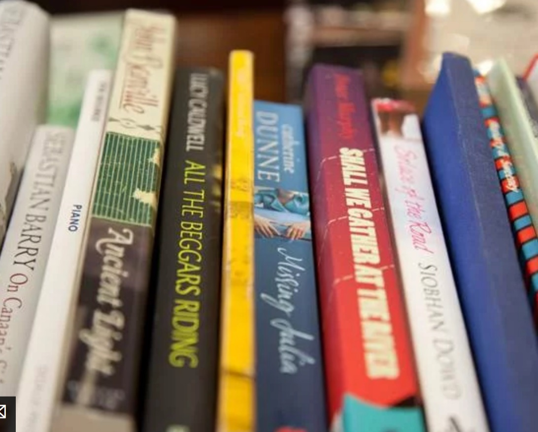 LITERARY TOUR   IRISH POETS FROM THE PAGES OF IRELAND'S WRITERS