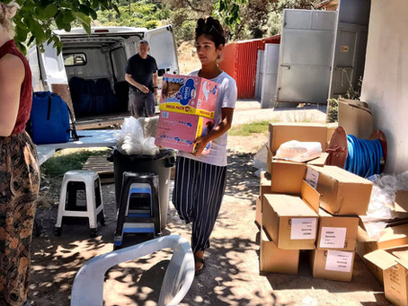 Lockdown on Samos: distributing urgent items