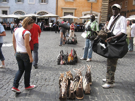 'To buy or not to buy?' Florence's 'Illegal Street Vendors'
