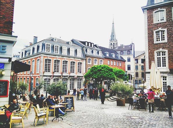 아름다운 유럽의 조약돌 광장