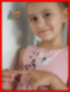 "Sophie, lat 5 z wierszem ""Kotek"" Juliana Tuwima"