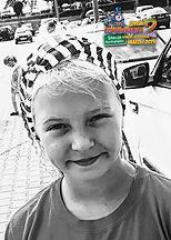"""Julka, lat 10 z wierszem """"Pomidor"""" Jana Brzechwy"""