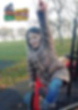 """Luiza Maria, lat 8 z wierszem """"Eyeglasses"""" (""""Okulary"""") Juliana Tuwima"""
