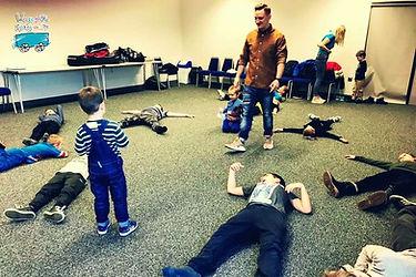 Na dzieci czekały zabawy i atrakcje przygotowane przez Pawła Palenika...