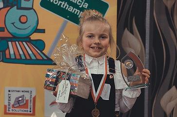 Luiza Szyfelbajn - Zdobywczyni I Miejsca i Nagrody Publiczności w kategorii od lat 6 - 8