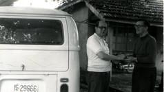 幫教友租漁船營生的迪樂道神父