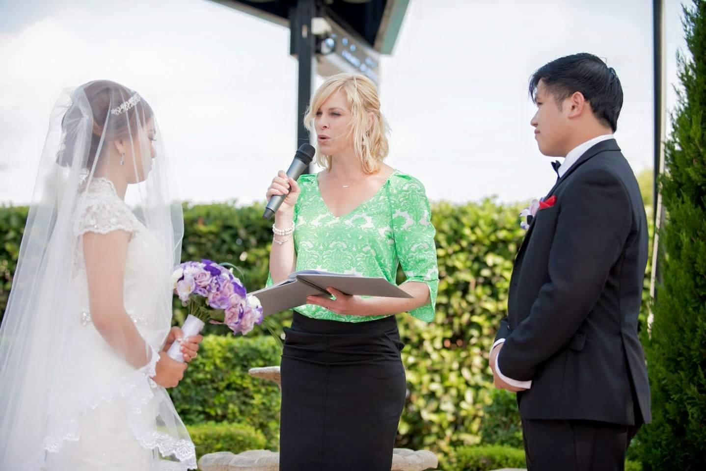 sydney wedding celebrant marriage ceremony