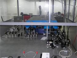 Ultrafast Ti:Sapphire laser system