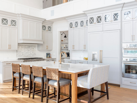 Kitchen Seating 101: A Guide to Choosing Seating that Works for You