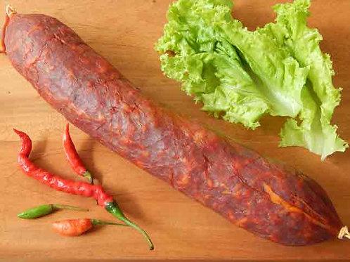 Grand Chorizo espagnol.  Large spanish chorizo.