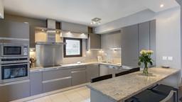 le-ponant-apartment-luxury-bedroom-apart
