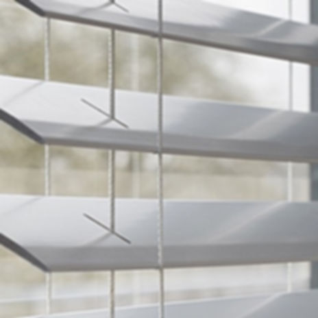 luxaflex-wooden-venetian-blinds.jpg