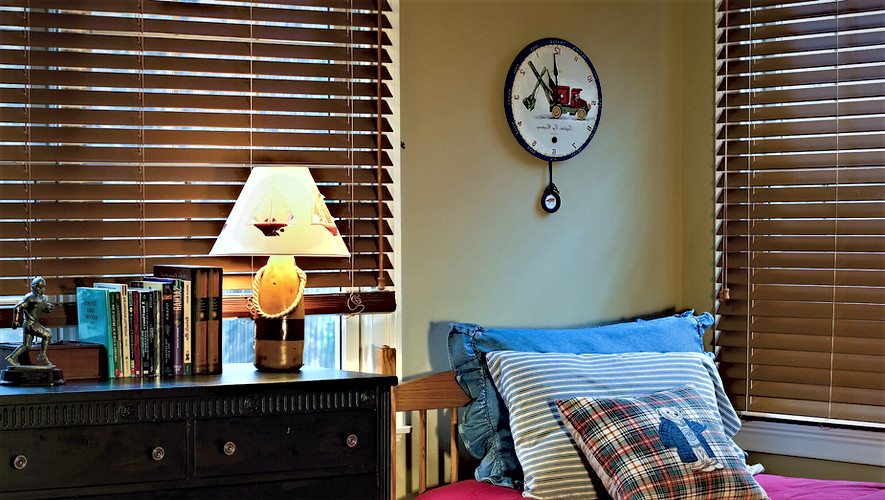 Bass Wood Venetian Blinds 2.jpg