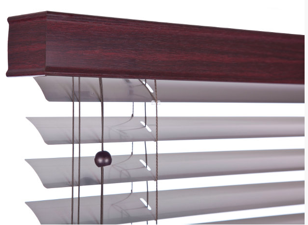 Retro Venetian blind with wooden pelmet