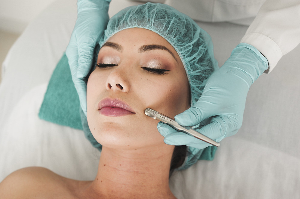 facial extractions