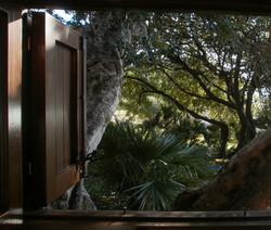 Summer Cabanon interior