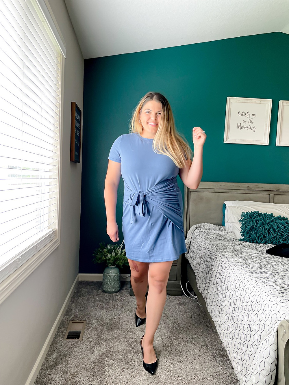 Curvy women's work outfit dress from amazon