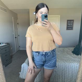 SweatyRocks Women's Summer Short Sleeve Tee Distressed Ripped Crop T-Shirt Tops Light Khaki XL
