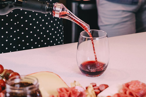 AirVi Wine Aerator and Professional Pourer