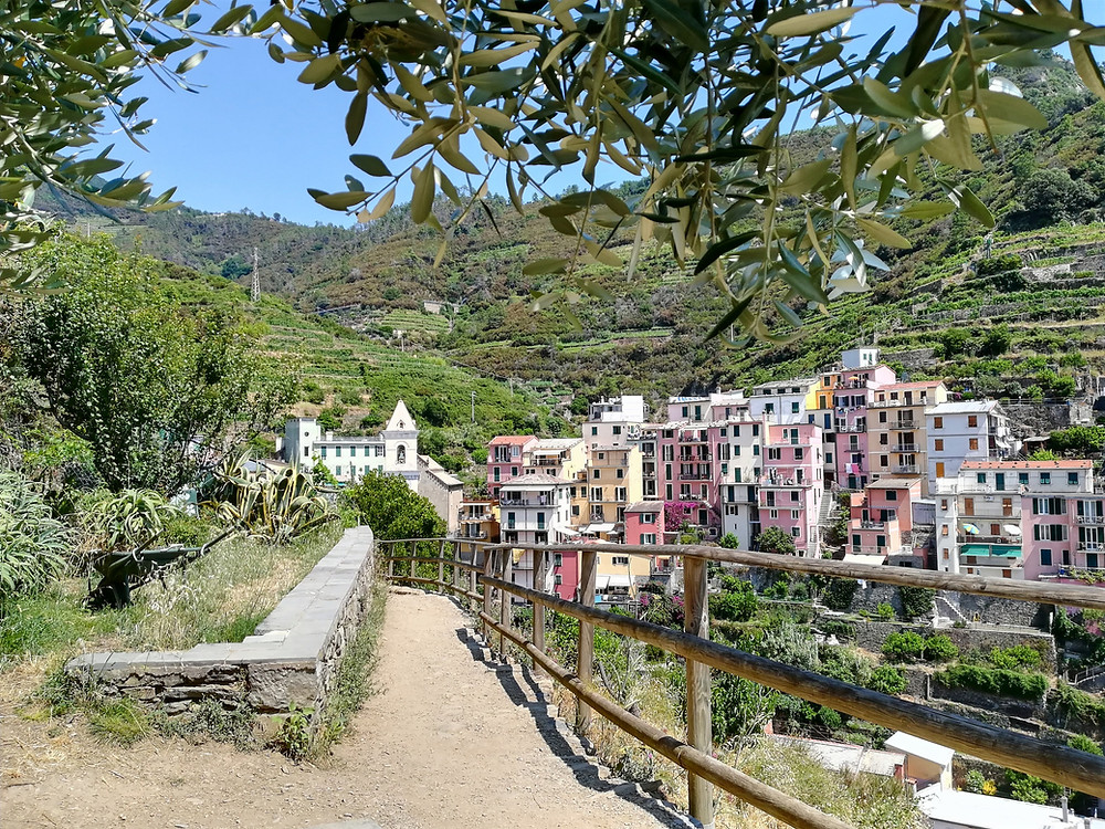 Corniglia, Visiter les Cinque Terre